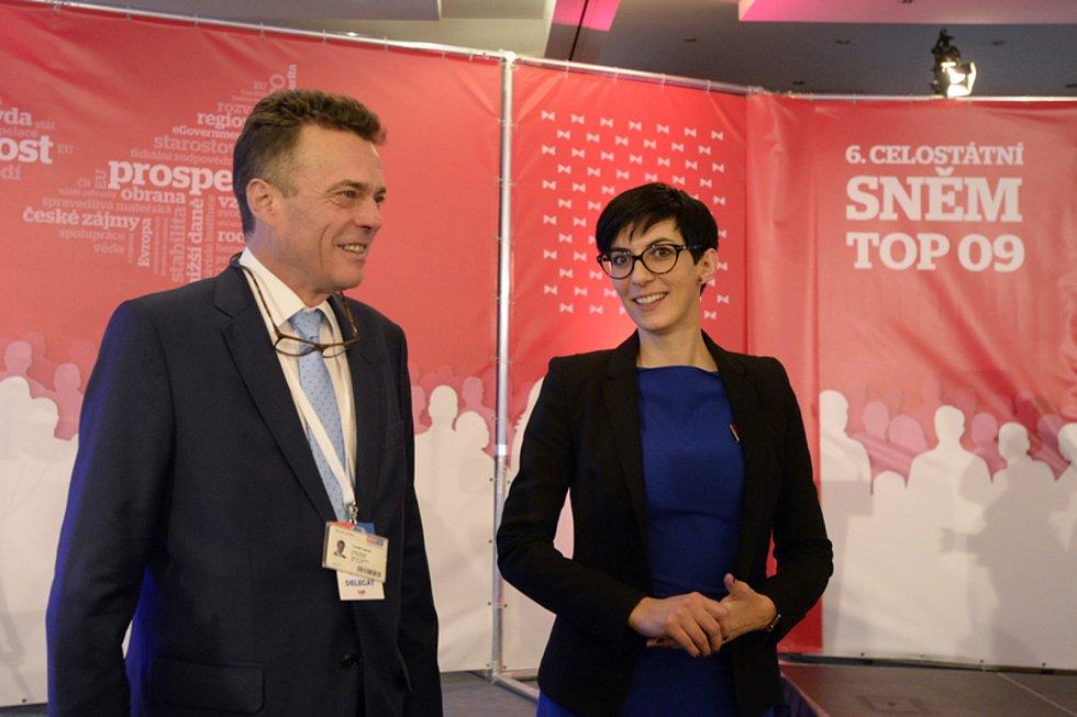 Tomáš Czernin a Markéta Pekarová Adamová na volebním sněmu strany TOP 09