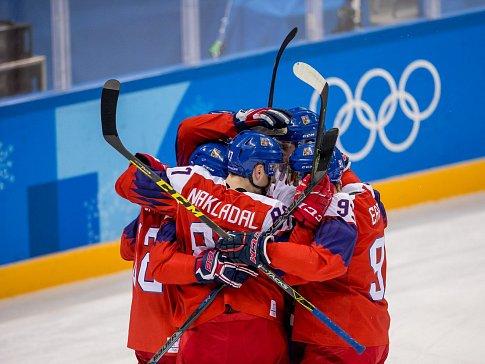 Čeští hokejisté mají za sebou Koreu, ale před sebou Kanadu.
