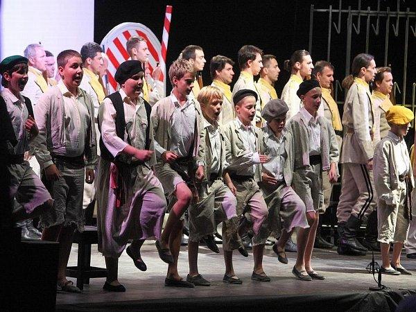 Letošní ročník unikátního festivalu Klasika pod hvězdami přináší slavnou Carmen.