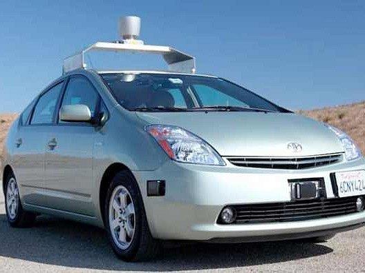 Toyota Prius s autopilotem