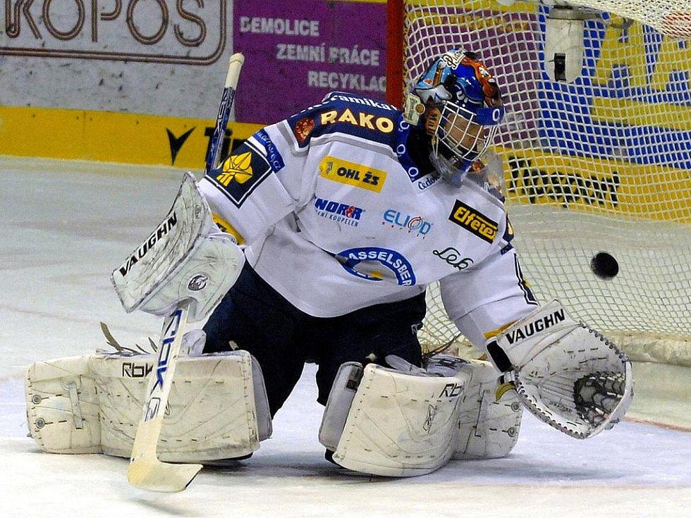 Hokejový gólman Roman Málek.