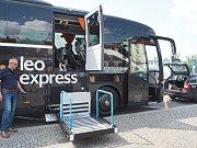 Leo Express nasadil na linku Prahy do Mnichova nový autobus Setra 517 HD