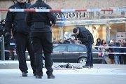 Na Václavském náměstí se zapálil muž.