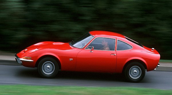 Opel GT zroku 1968.