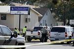 Útočník střílel v kostele v Texasu do lidí.