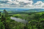 Pohled z Plechého na Plešného jezera.