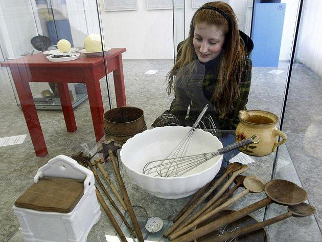 V pražském Národním zemědělském muzeu probíhá do 30. května výstava Knedlík-Kloss-Knödel aneb Knedlíkové nebe. Výstava se zaměřuje na prezentaci gastronomického fenoménu bavorské a české kuchyně - knedlíku - muzejními prostředky.