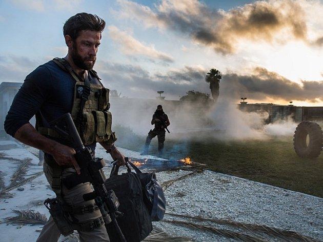 Z filmu 13 hodin: Tajní vojáci z Benghází.