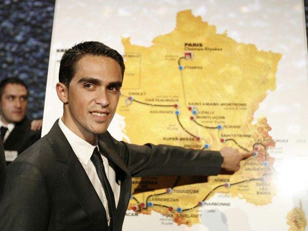 TADY ZAÚTOČÍM! Letošní vítěz Tour de France Alberto Contador uvítal, že se za rok pojedou kratší časovky.