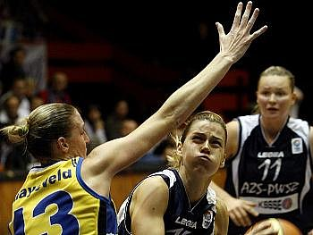 Basketbalistky USK potvrdily roli favoritek.