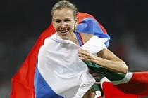 Ruska Gulnara Galkinová-Samitovová vytvořila nový světový rekord v běhu na 3km přes překážky.