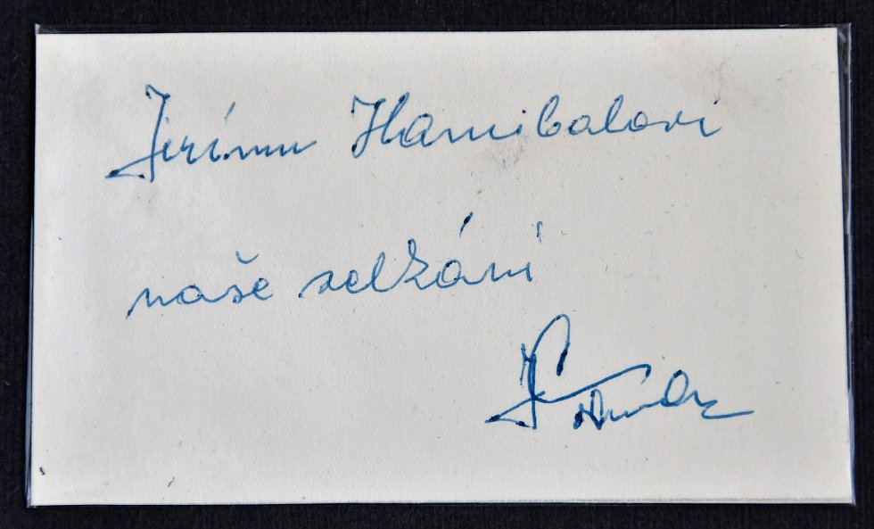 Autogram boxera Juliana Tormy.