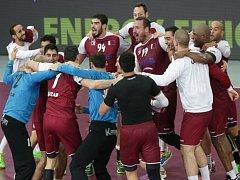 Házenkáři Kataru se radují z postupu do semifinále MS.