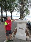 Nedaleko přívozu v Dolní Vltavici stojí od roku 2003 misijní kříž vylovený potápěči