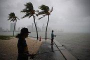Hurikán Michael se blíží k floridskému pobřeží