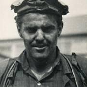 Jaroslav Ondráček po práci na Dole Jana Šverma v roce 1960
