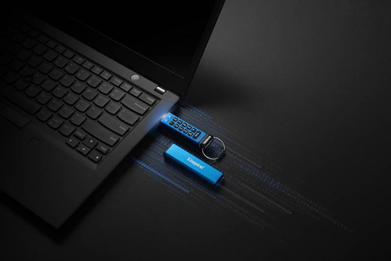 USB disk Kingston DataTraveler 2000 s hardwarovou klávesnicí.