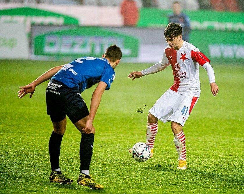 Denis Višinský v debutu za Slavii v poháru s Karlovými Vary