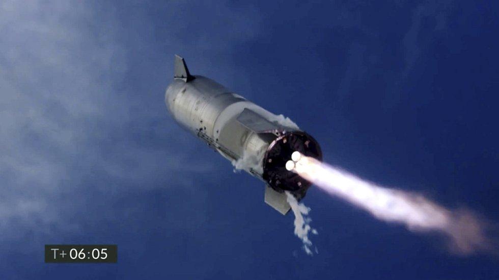 Zkušební let prototypu rakety Starship s označením SN10 společnosti SpaceX podnikatele Elona Muska