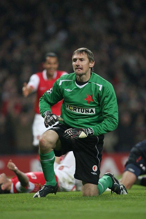 Liga mistrů: Arsenal versus Slavia (slávistický brankář si zápas moc neužil)