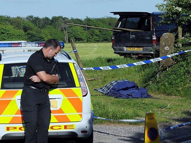 Nejméně dvanáct lidí ve středu 2. června 2010 zabil a pětadvacet lidí zranil britský taxikář, který z dosud neznámých důvodů střílel na několika místech v severozápadní Anglii po lidech. Nakonec podle všeho spáchal sebevraždu.