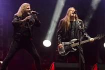 Zpěvák Josef Vojtek se skupinou Kabát vystoupili 13. září v Praze na koncertě k 25. výročí vzniku kapely.