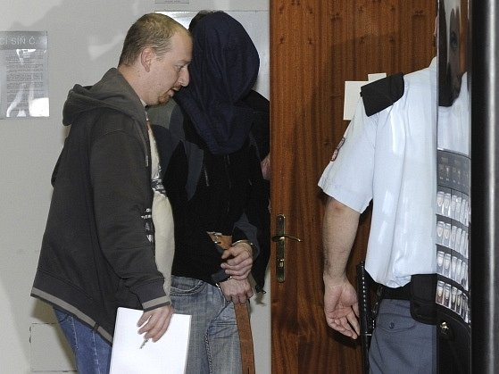 Muž obviněný z vraždy podnikatele a vlivného člena ČSSD Romana Housky.