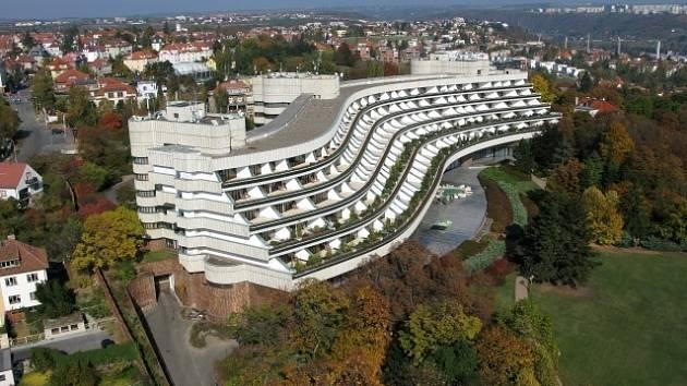 Hotel Praha, a.s. 5-ti hvězdičkový hotel. Restaurace Lavande Cuisine. Severovýchodní pohled.