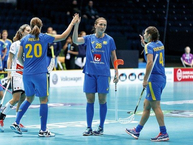 Florbalistky Švédska a jejich radost