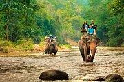 Jízda na slonech je oblíbenou atrakcí.