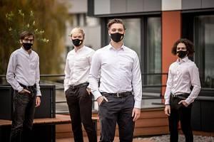 Poúspěšném začátku podnikání dal Michal Doubek s kamarády dohromady tým a rozjel vývojářskou agenturu 4Lynx.