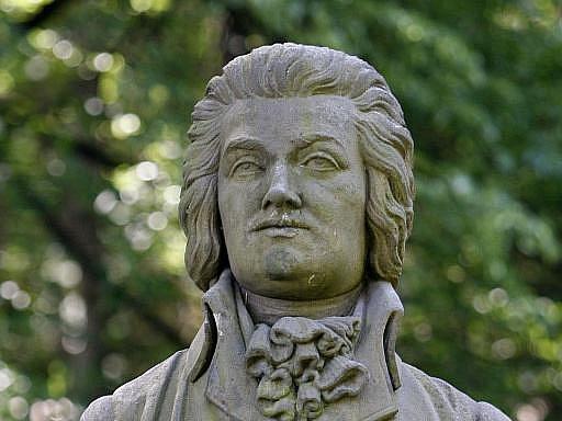 Mozartova busta v pražské Bertramce