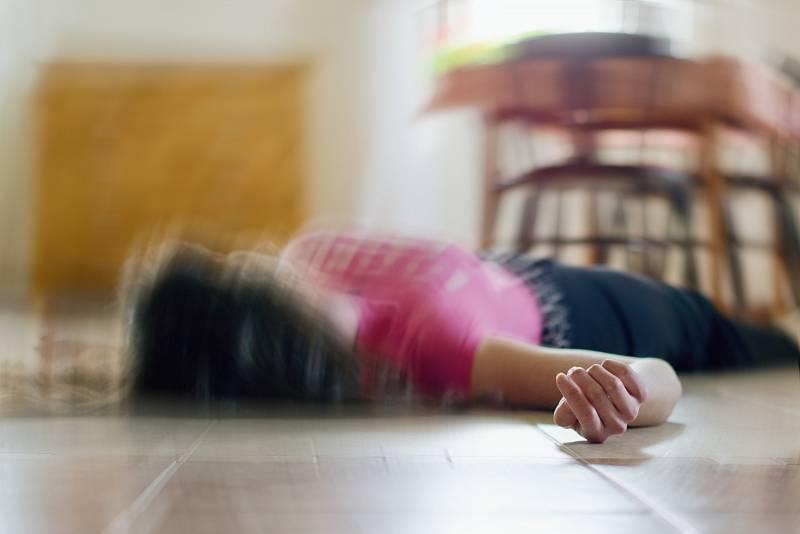Epileptický záchvat obyčejně trvá od několika vteřin po několik málo minut.