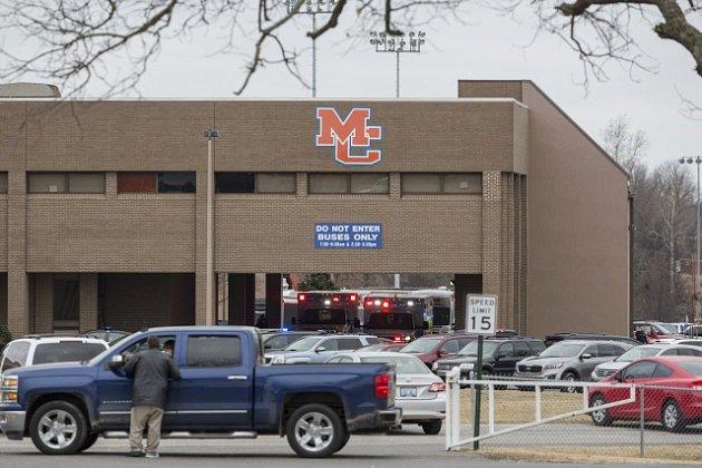 Střílení ve škole v Kentucky