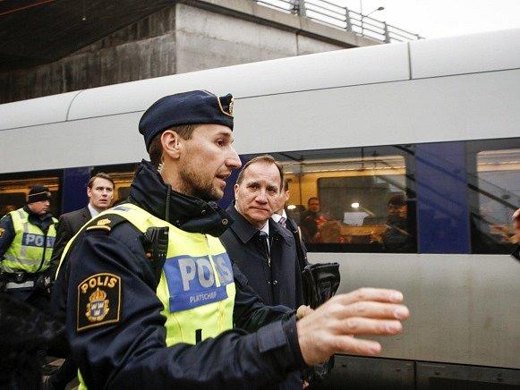 Pasové kontroly, které Švédsko v listopadu obnovilo na své jižní hranici, by v případě železničního spojení s Kodaní měly být podle nových plánů Stockholmu prováděny již na dánském území.