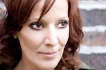 Již ve středu 5. prosince vyráží slovenská zpěvačka Szidi Tobias s kapelou na vánoční turné složené z několika málo exkluzivních koncertů.