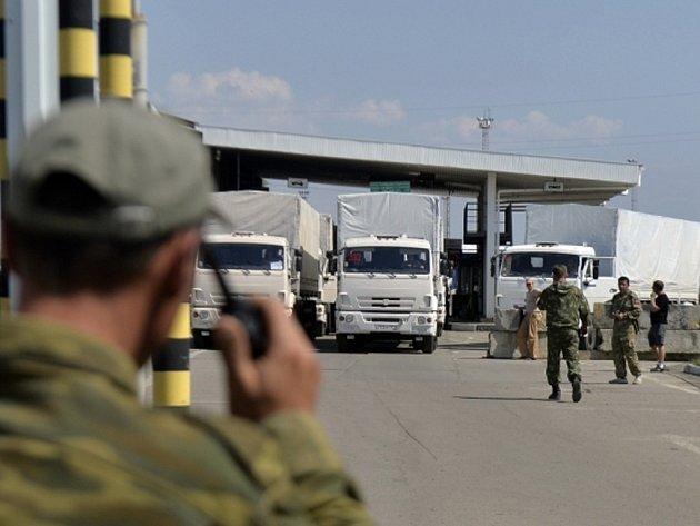 Ruský humanitární konvoj vjel na ukrajinské území.