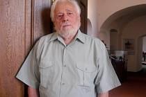 Režisér a spisovatel Zdeněk Pošíval.