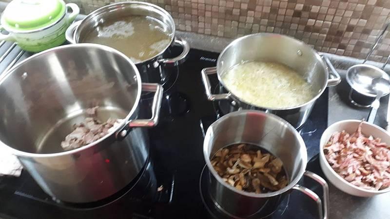 Eva Trlicová vaří poctivou Valašskou kyselicu plnou vitamínů