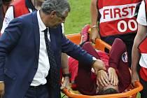 Christiano Ronaldo musel ve finále ME po trvrdém ataku Francouze Payeta střídat už po 25 minutách
