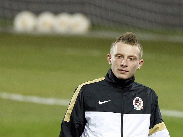 Kanonýr Sparty Ladislav Krejčí na tréninku.