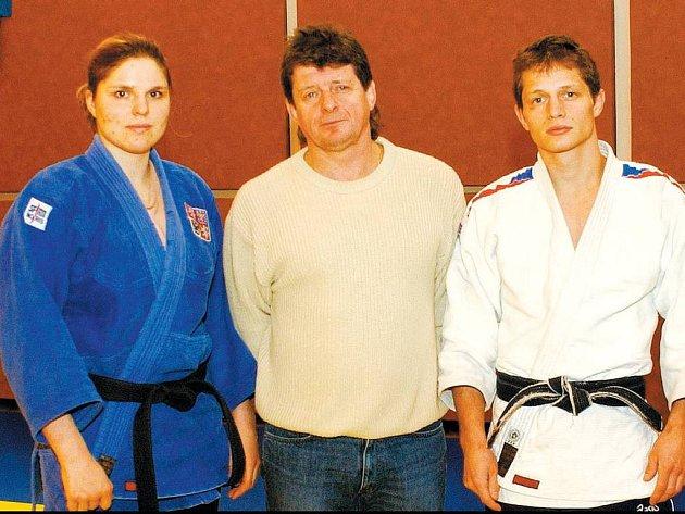 Zleva Eiglová, Petřikov starší a Petřikov junior
