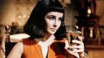 Liz Taylor byla nejspíš mnohem krásnější než královna, kterou hrála
