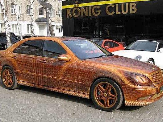 Mercedes v dračí úpravě