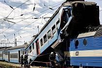 Na nádraží v Čerčanech na Benešovsku se srazil rychlík s osobním vlakem.