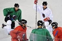 Hokejisté HC Lev měli ve středu jeden z prvních, ale i poslední trénink. Do KHL nejdou.