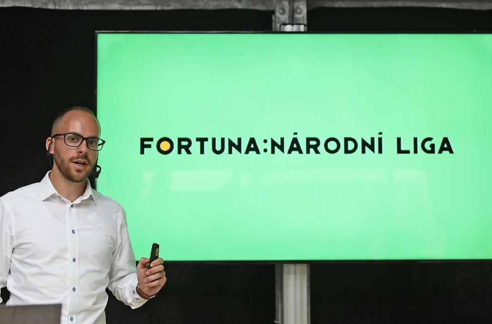 Představení Fortuny jako hlavního sponzora fotbalové ligy. Na snímku Pavel Šmejkal.