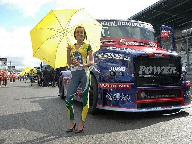 Buggyra Davida Vršeckého na slavném okruhu Nürburgring.