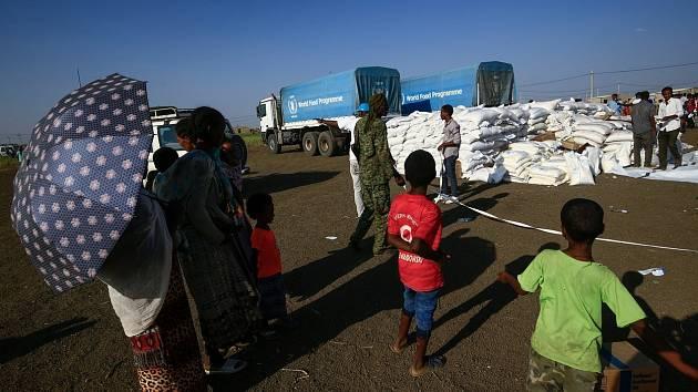 Humanitární pomoc pro občany Etiopie, kteří prchají před boji