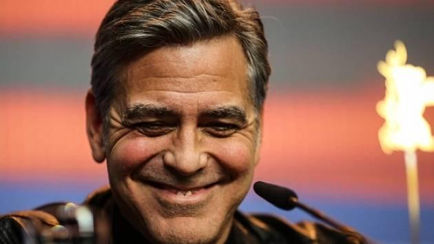 George Clooney na filmovém festivalu Berlinale.